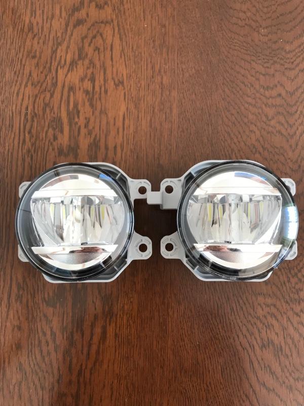 ダイハツ(純正) LEDフォグランプ