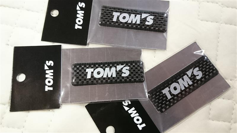 TOM'S カーボンエンブレム