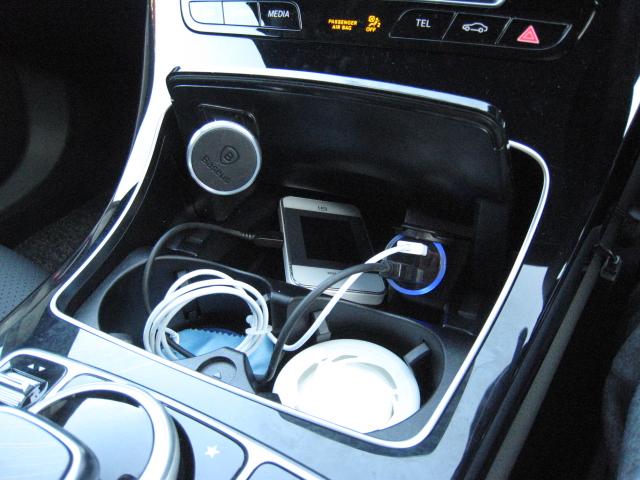 不明 充電器 USB 充電 2ポート 2連USB シガーソケット