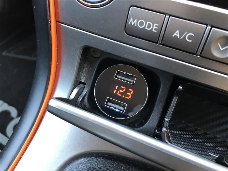 aceyoon シガーソケット電圧計付きUSB2ポート
