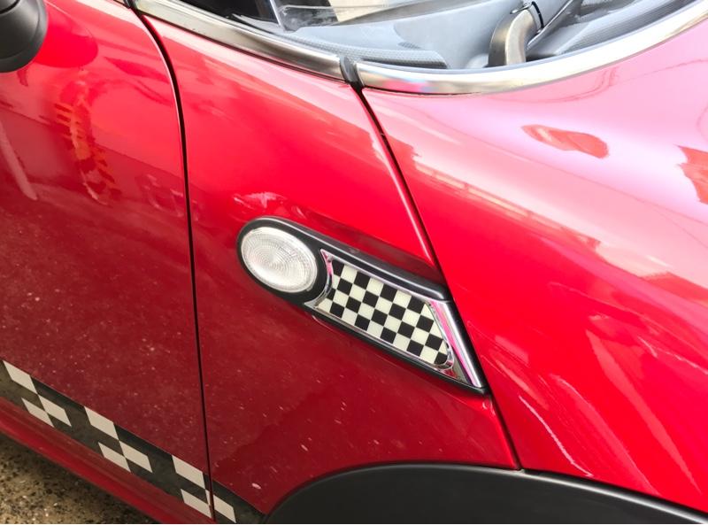 BMW MINI(純正) サイドスカットル チェッカーフラッグ