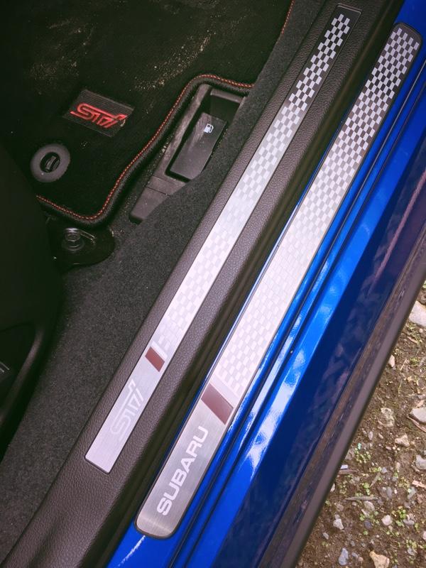 STI スバル サイドシェルプレート