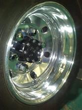 エルフトラックBS アルミホイール17.5インチの全体画像