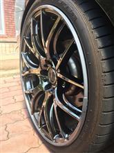 5シリーズ セダンRAYS HOMURA 2x7 Glossy Blackの単体画像