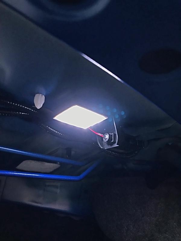不明 12連 LEDトランクルームランプ