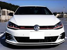 ゴルフ (ハッチバック)VW  / フォルクスワーゲン純正 フロントバンパーグリル グロスブラック加工の単体画像