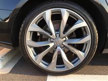 A6アバント (ワゴン)Audi純正(アウディ) 10スポークVデザイン アルミホイールの全体画像