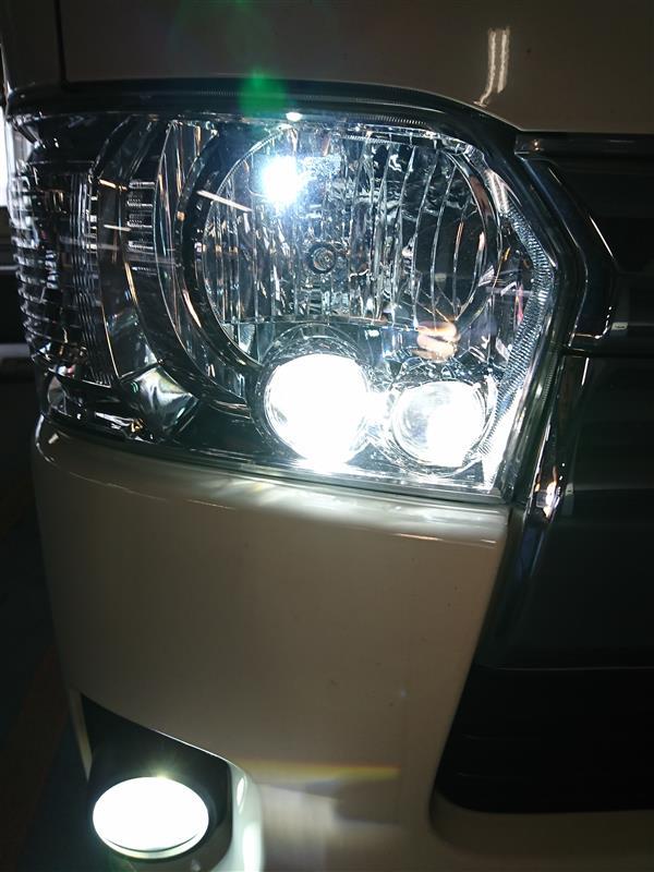 トヨタ(純正) ヘッドランプユニット