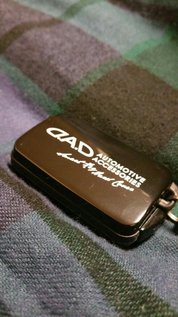 D.A.D / GARSON スマートフォンホルダー