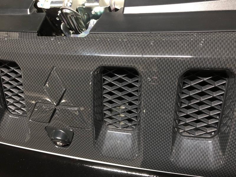 三菱自動車(純正) 4WD用フロントグリル