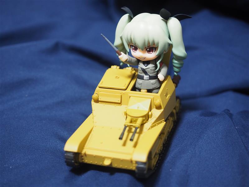 ガールズ&パンツァー アンツィオ高校 CV33型快速戦車 ねんどろいどもあ