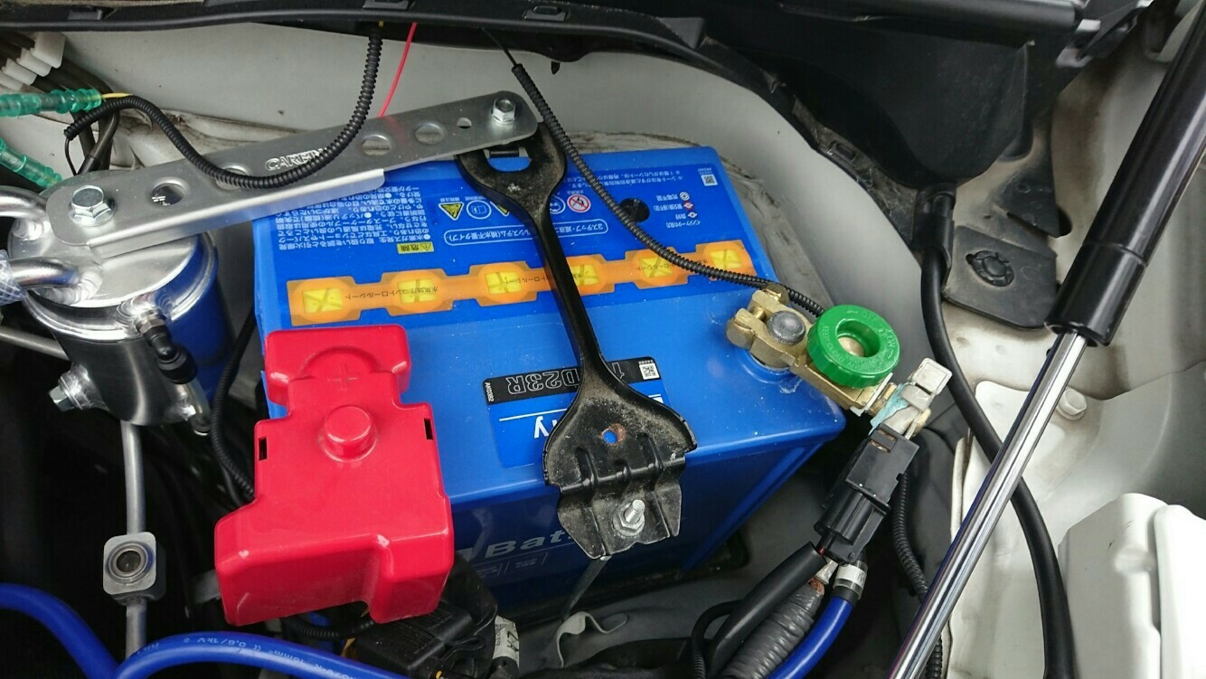 AUTOBACS AQバッテリー3(安心長持ちバッテリー) 100D23R