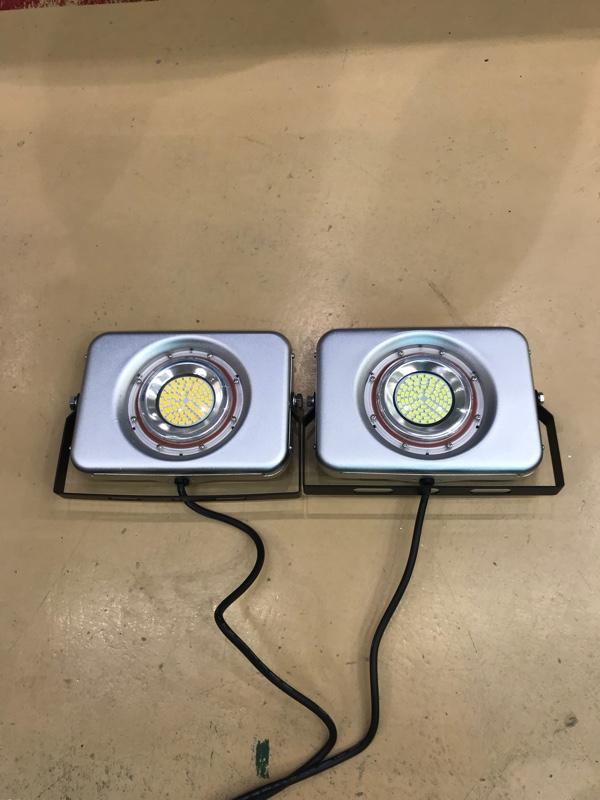 不明 LED投光器