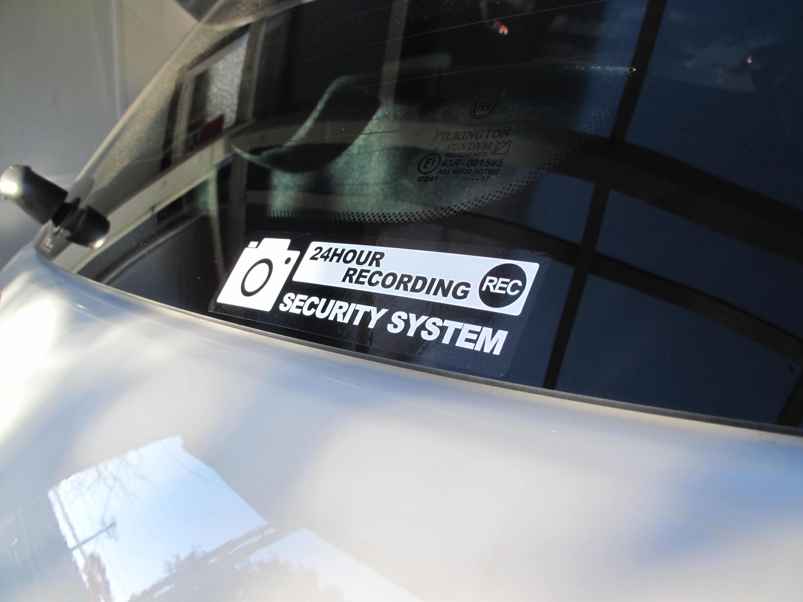 不明 SECURITY SYSTEM ステッカー
