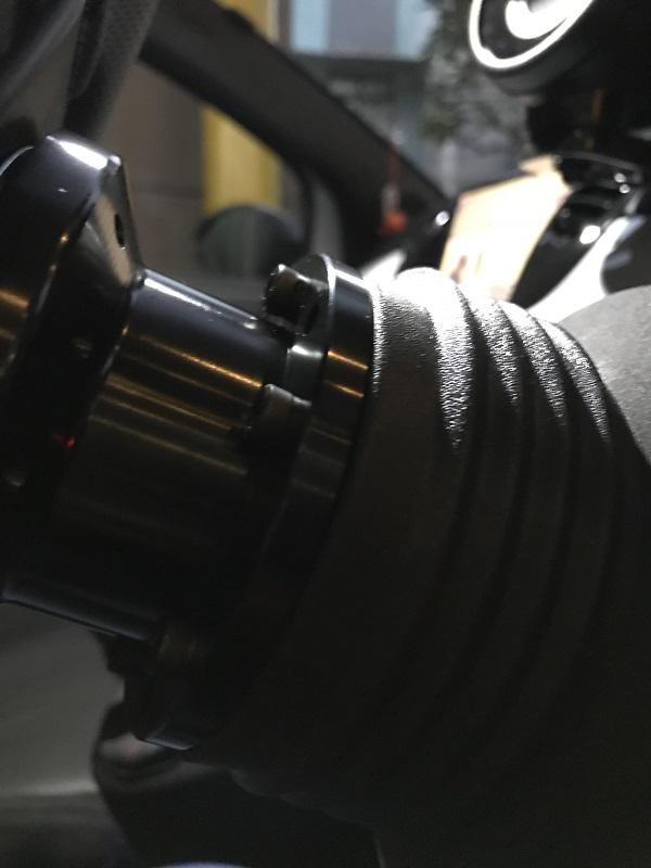 ノーブランド 汎用 ステアリングボス 50mm ボススペーサー 選べる 4色 黒 ( ブラック )