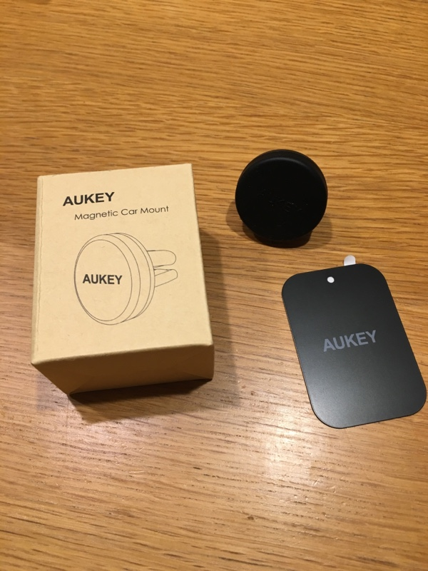 AUKEY Magnetic Car Mount
