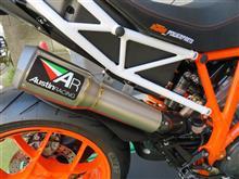 1290 SUPER DUKE Rオースティンレーシング GP1 スリップオンの単体画像