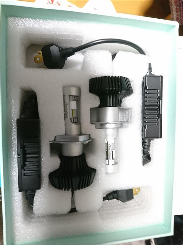 Autofeel-JP LEDベッドライトバルブH4  6500K  8000LM
