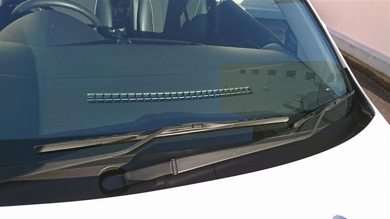 CARMARO 日本車専用 三段骨式 カー エアロ ワイパーブレード 強力撥水コート(Uクリップ 650mm 400mm ブラック2本/セツト)