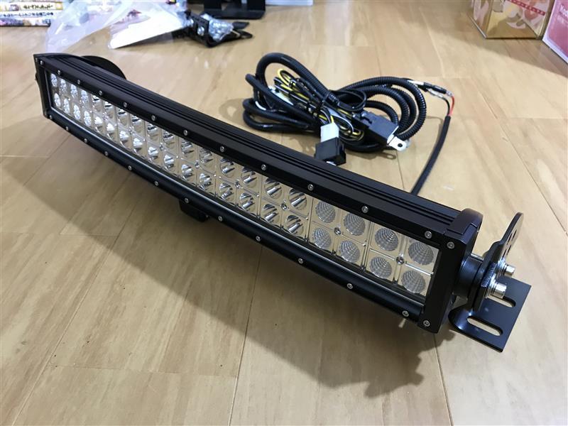 Stansen 20インチ LEDライトバー