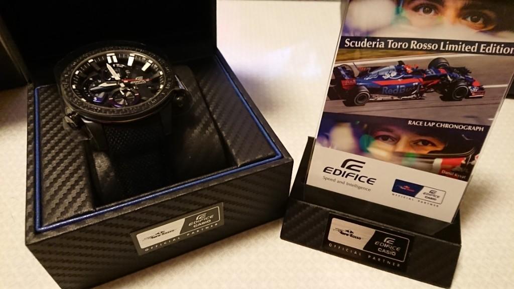 CASIO EDIFICE  EQB-800TR  × Scuderia Toro Rosso