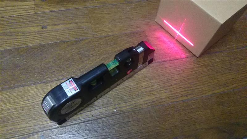 不明 レーザー水平器