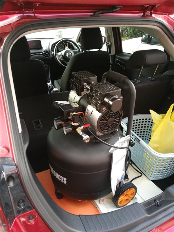 ASTRO PRODUCTS 縦型サイレント エアコンプレッサー