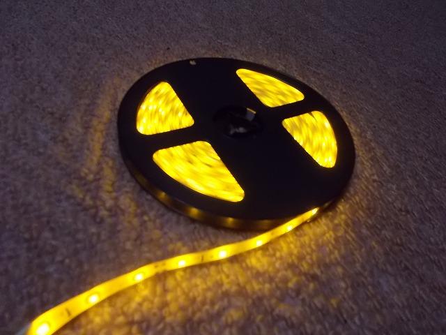 ・ 2835 SMD LEDテープ