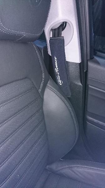 メーカー・ブランド不明 Alfa Romeo シートベルトパッドセット(ブラック×グレー刺繍)