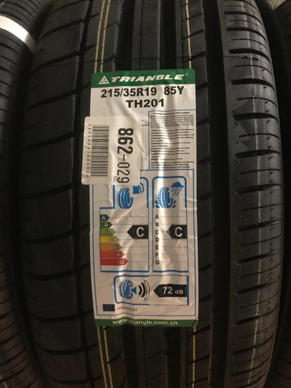 TRIANGLE Sportex TH201 215/35R19