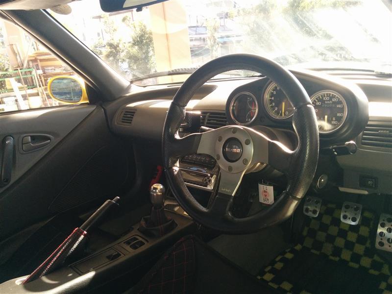 momo RACE EVO ブラック