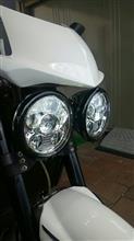 スピードトリプル1050SILIVN 5.75(5-3/4)インチ LEDプロジェクターヘッドライトの全体画像