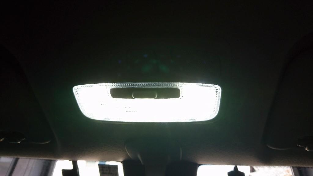 ユアーズ スイフト専用LEDルームランプ・トランクランプ