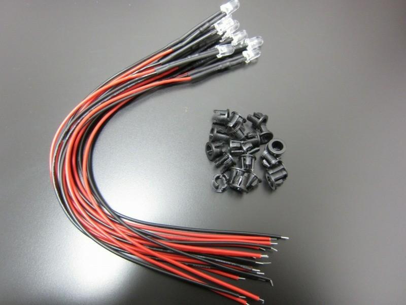 不明 12v用 配線抵抗付き 5mm LED電球色 10個+ブラケット