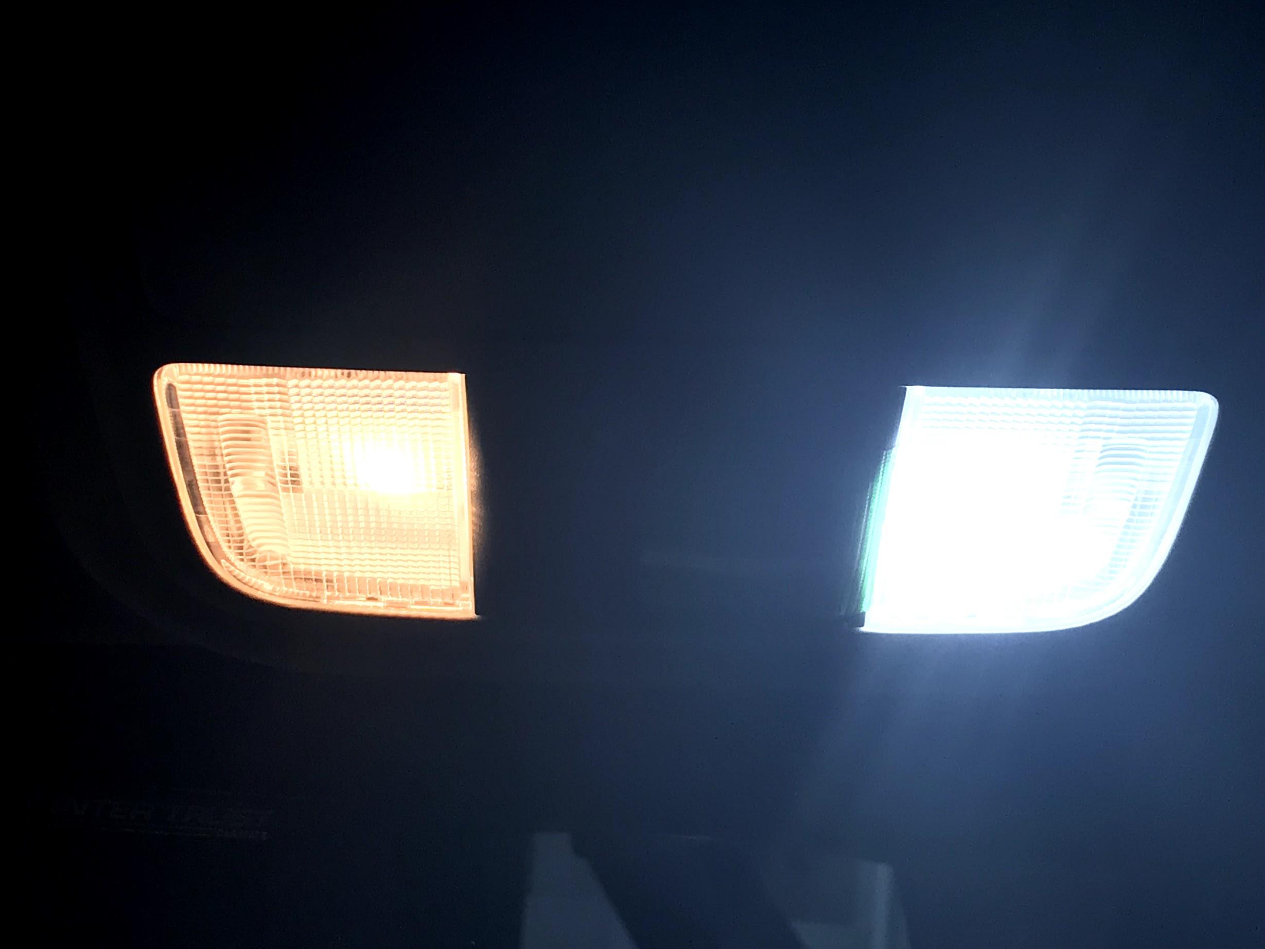 CORSA LEDルームランプ
