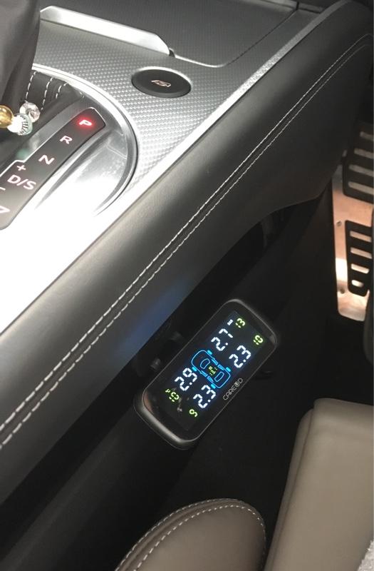 不明 タイヤ空気圧計