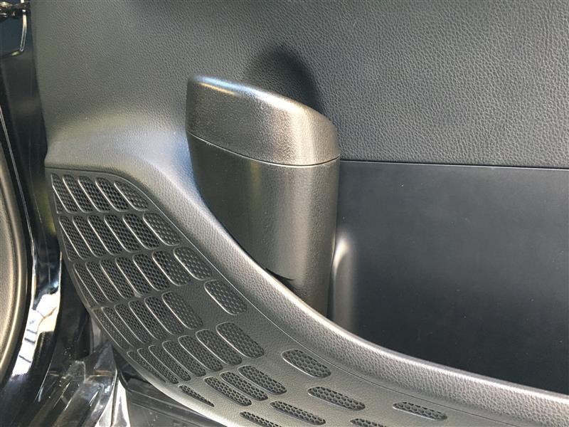 YAC SY-NV4 80系ノア・ヴォクシー専用サイドBOXゴミ箱 運転席用