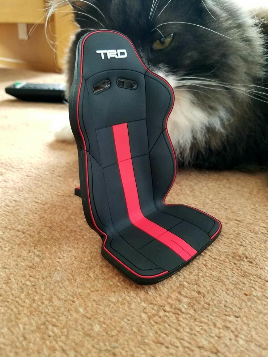 TRD / トヨタテクノクラフト スマートフォンスタンド