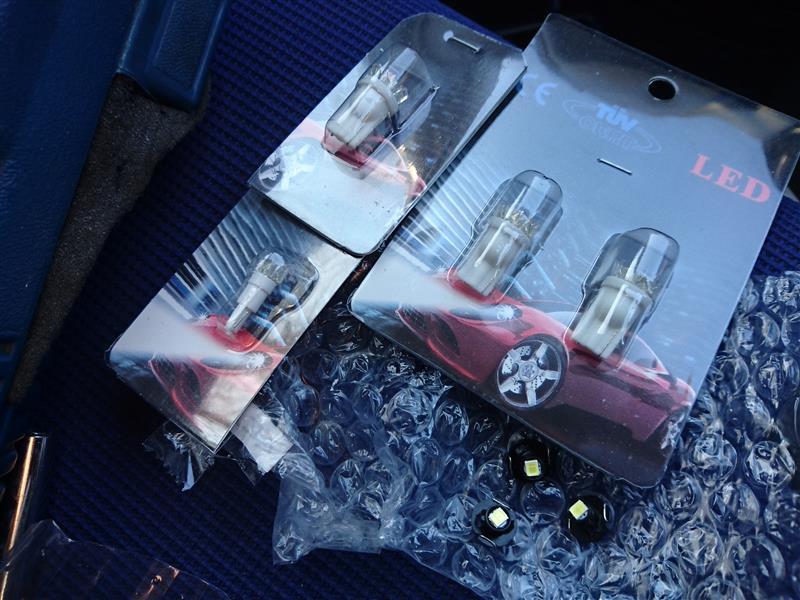 メーカー・ブランド不明 PLEO(RA1/RA2)スピードメーターLED照明1台分セット