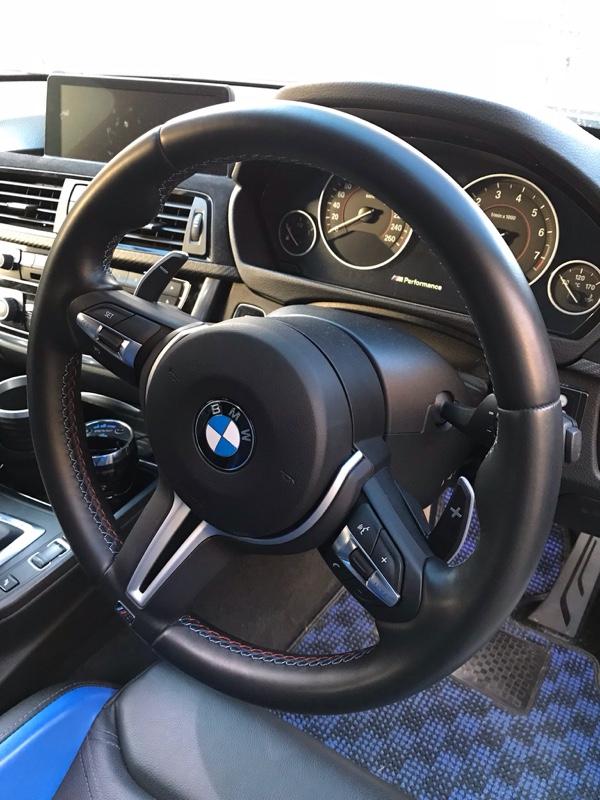 BMW(純正) M3パドルステアリング