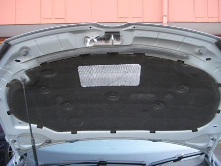 メーカー・ブランド不明 VW Golf6用ボンネットインシュレーター