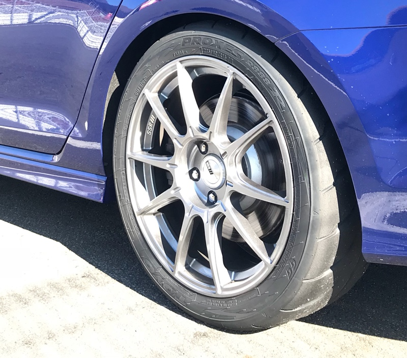 TOYO TIRES PROXES R888R 235/40ZR18