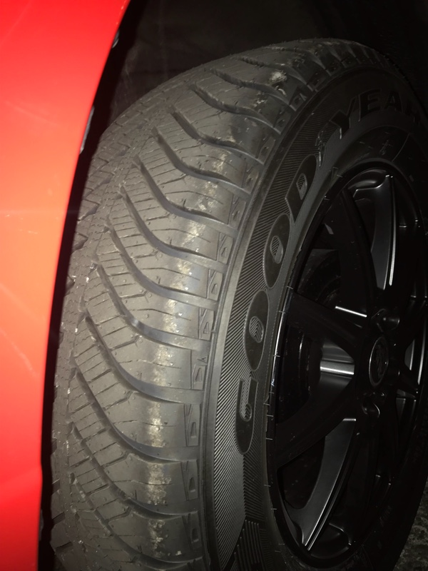GOODYEAR Vector 4Seasons Hybrid 215/65R16