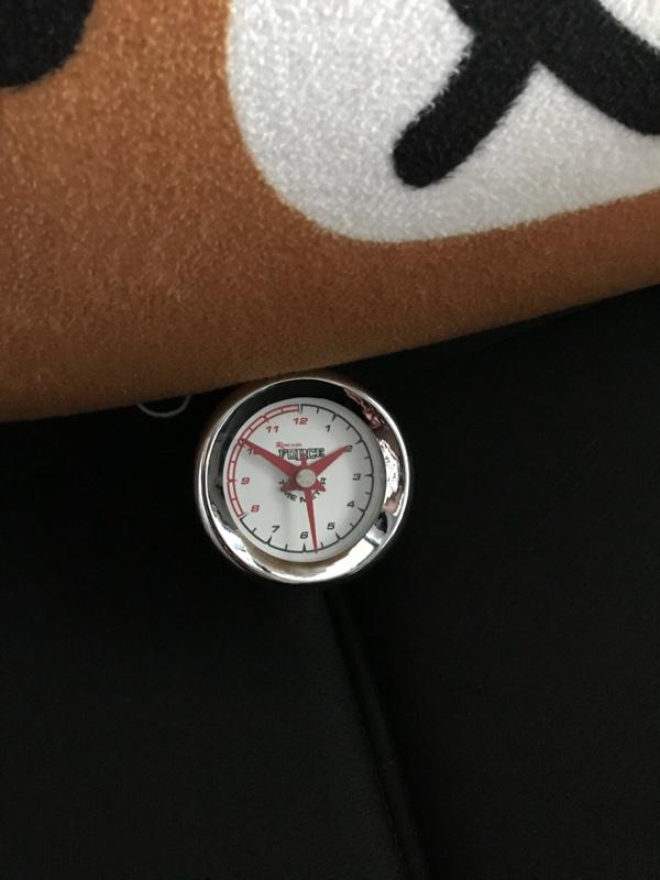 不明 アナログ時計