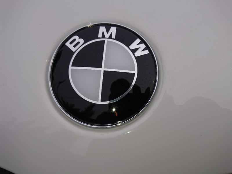中国製 BMWエンブレム