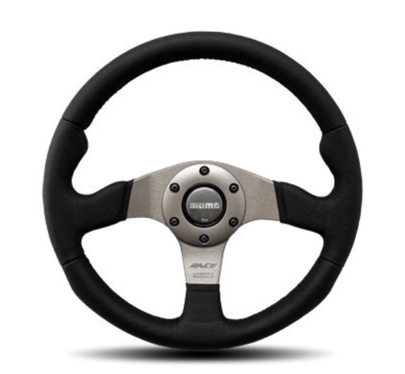 momo RACE (320mm)