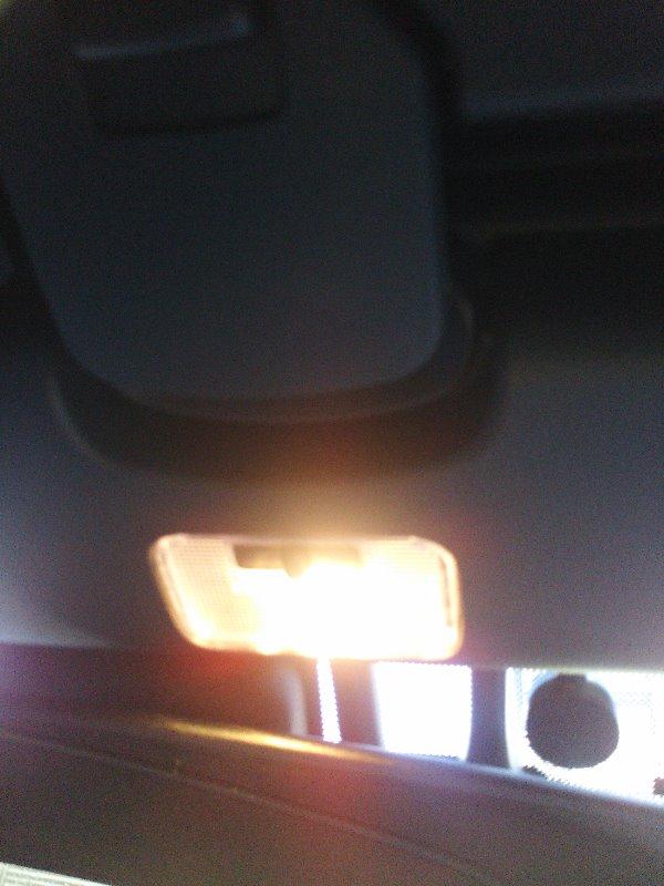不明 12V車用 SMD6連 T10×31mm LED球