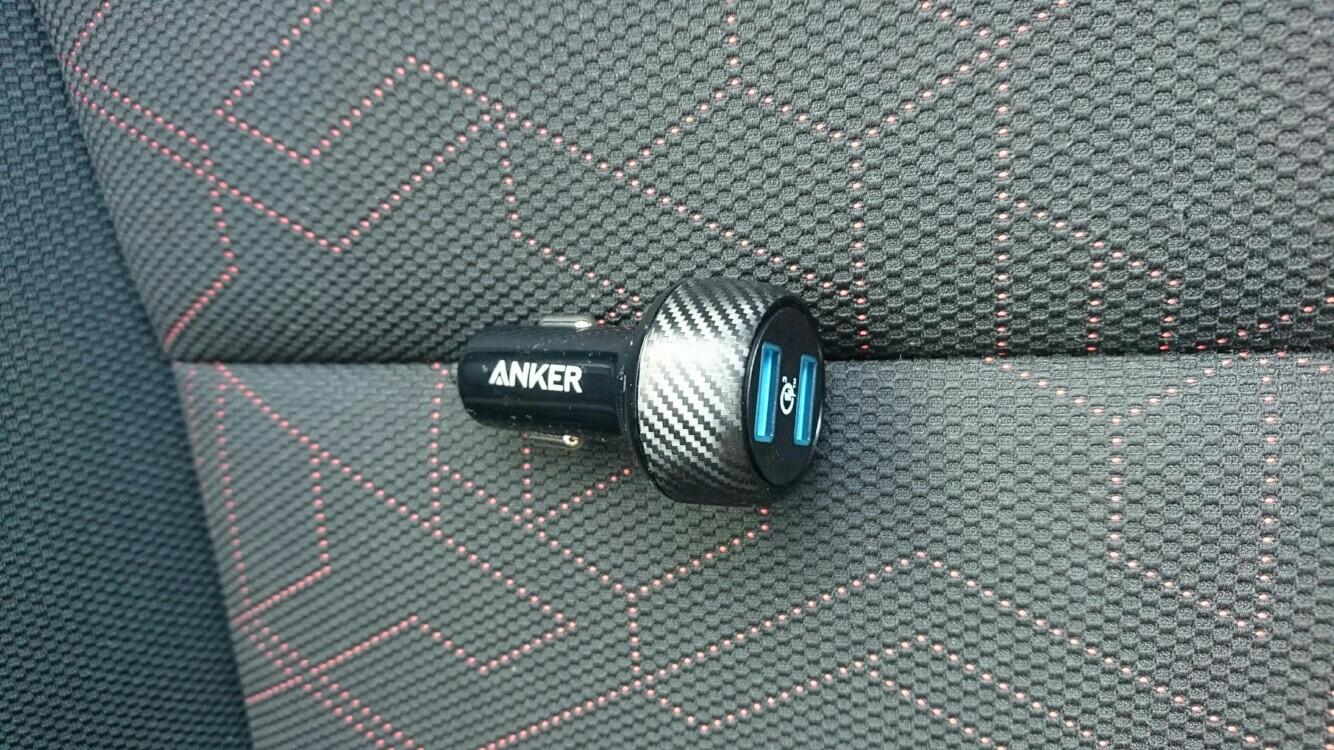 Anker 2ポート カーチャージャー