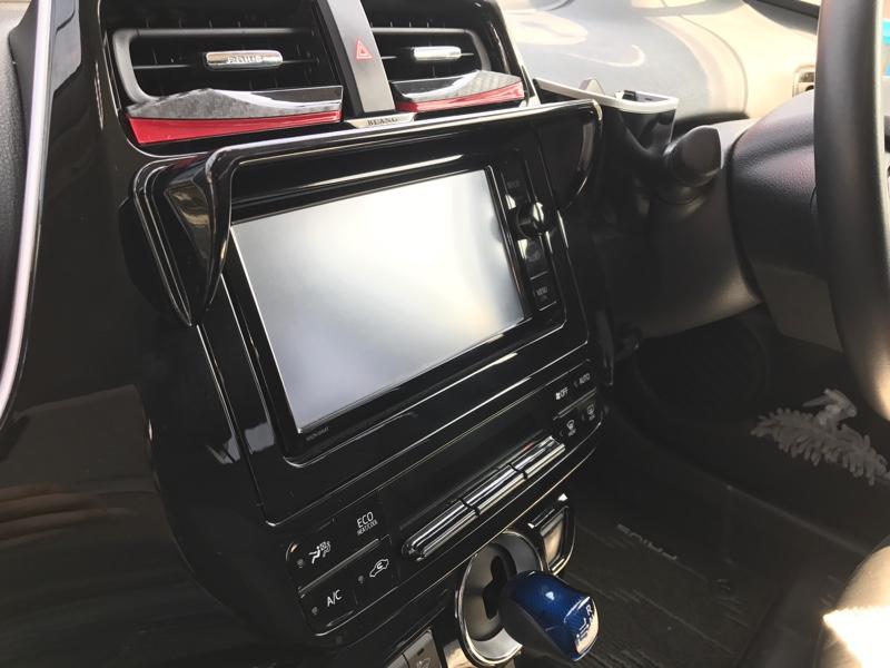 星光産業 ZVW50系 トヨタプリウス専用 ナビシェード