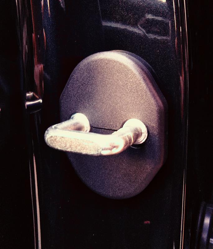 Jusby ドアストライカーカバー